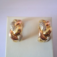 PAIRE DE CLIPS D'OREILLE DIAMANTS EN OR 18K